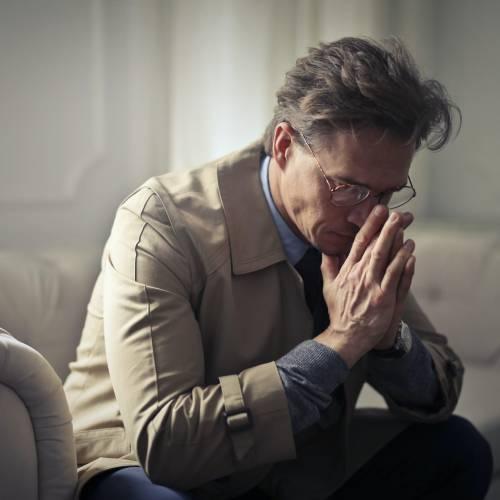 Injonctions paradoxales et risques psychosociaux, les encadrants à l'épreuve